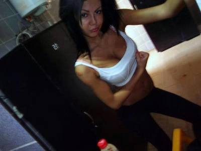 Looking for local cheaters? Take Oleta from Kent, Washington home with you