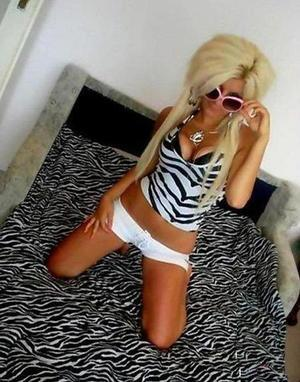 Myrta is looking for adult webcam chat
