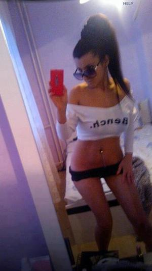 Celena from Dryden, Washington is looking for adult webcam chat