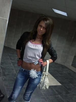 Emmaline is looking for adult webcam chat