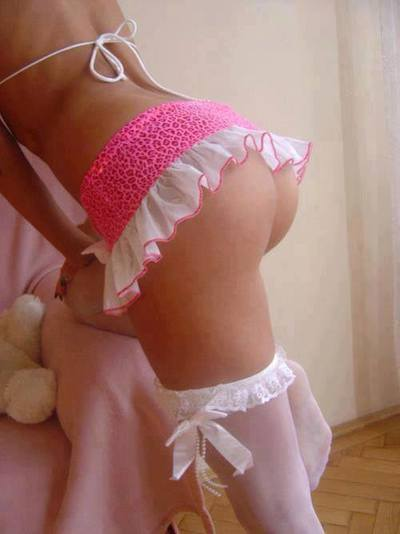 Lisbeth from Fort Monroe, Virginia is looking for adult webcam chat