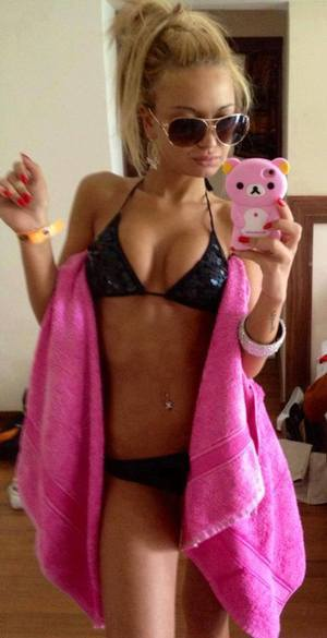 Wendi from  is looking for adult webcam chat